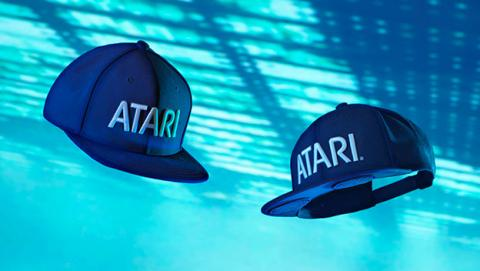 gorra altavoces atari