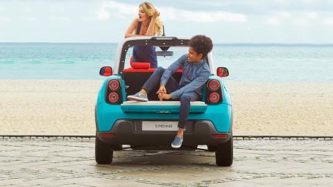 Deja tu coche impoluto tras un día de playa