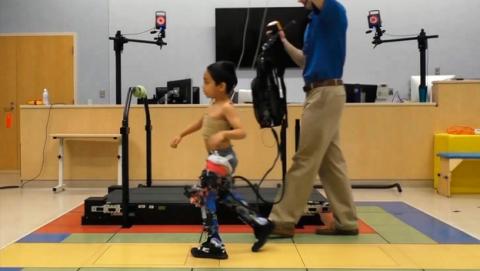 Exoesqueletos para niños con paralisis cerebral