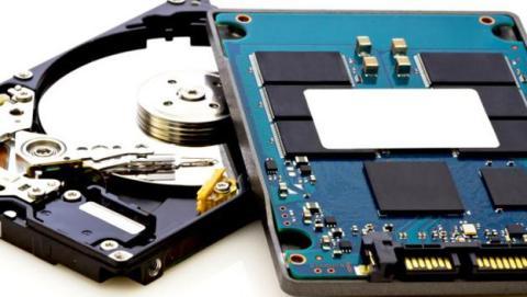 Cuánto cuesta un SSD y si merece la pena con respecto a un disco duro.