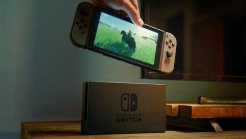 Nintendo tiene que producir más Switch para cubrir la demanda.