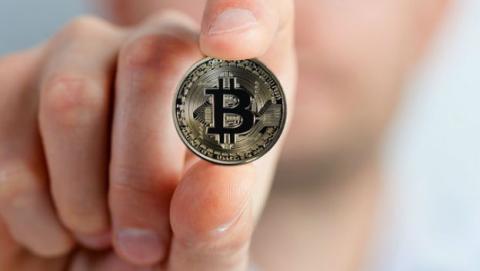 El precio del Bitcoin se desploma por la prohibición china.