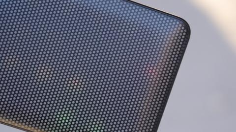Detalle de la carcasa LED del Alcatel A5 LED