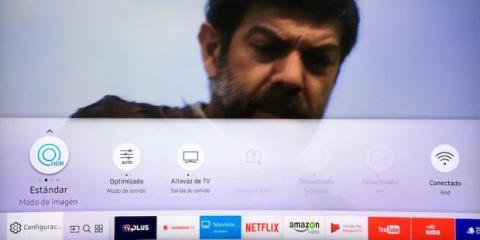 Smart Hub televisor curvo QLED Samsung