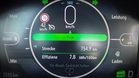 De cómo un Opel Ampera-e puede llegar hasta los 750 kilómetros de autonomía
