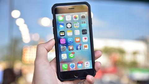 Trucos para iOS 11 si tu iPhone antiguo funciona mal.