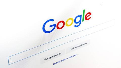 Podrás dejar tu opinión cuando busques una película en Google