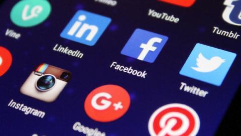 La UE presiona a las compañías tecnológicas para acabar con el discurso del odio en Internet.