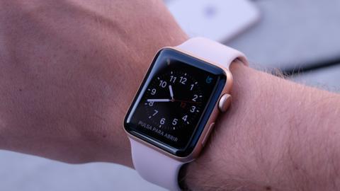 Así queda el nuevo Apple Watch 3 en la mano