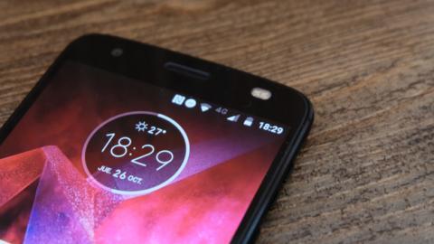 ShatterShield, la tecnología que garantiza la resistencia de la pantalla de este móvil de Motorola