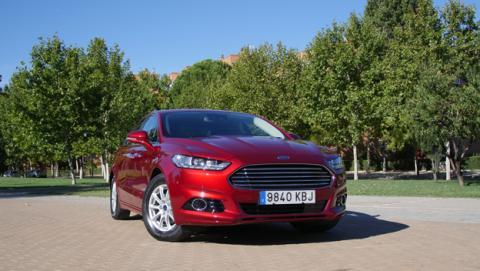 Ford Mondeo Hybrid, probamos la tecnología de este coche híbrido