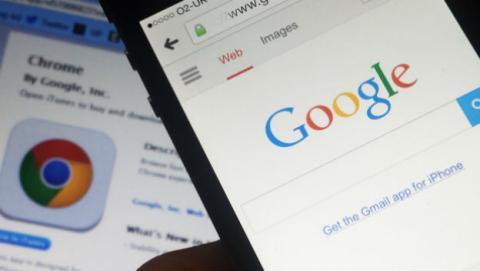 Google mantiene un lucrativo acuerdo con Apple por 3.000 millones al año.