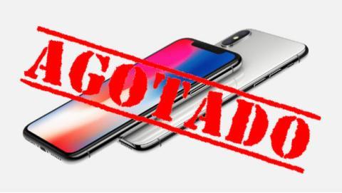 El iPhone X agota todas las unidades en su primer día.