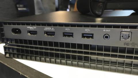 Conexiones Xbox One X