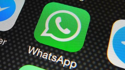 WhatsApp añadirá un botón de manos libres para el audio.