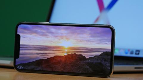 Este año, con el iPhone X Apple ha dado el salto al OLED