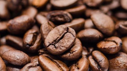 Cuántas tazas de café al día tienen beneficios para la salud.