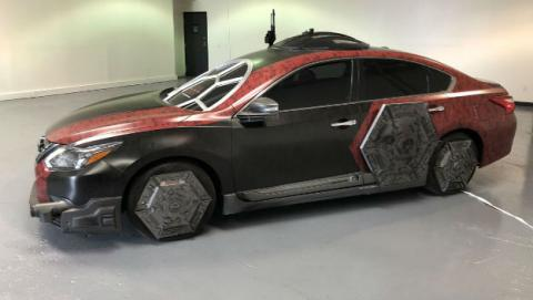 Nissan Altima TIE Fighter: el coche oficial de Star Wars.