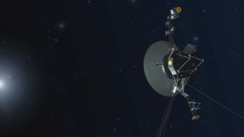 La sonda Voyager 1 reactiva sus propulsores tras 37 años inactivos