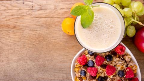 Desayuno sano con fruta