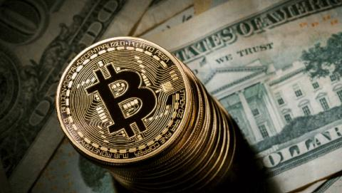 Bitcoin se dispara otro 10% en 24 horas