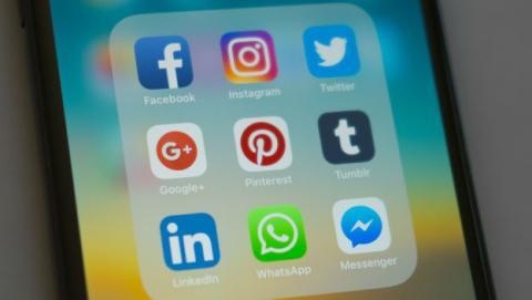 Facebook no podrá tomar datos de los usuarios de WhatsApp en Francia.