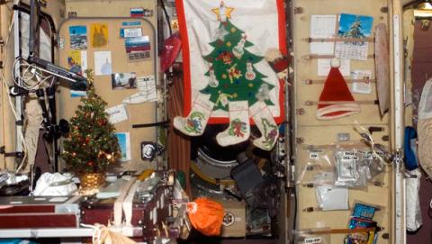 NASA decoración Navidad celebración astronautas
