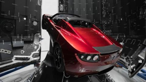 Este es el Tesla Roadster que Space X enviará a Marte