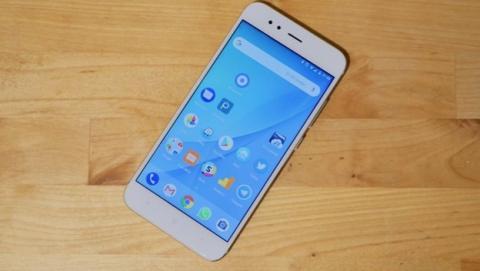 El Xiaomi Mi A1 tiene carga rápida gracias a Android Oreo.