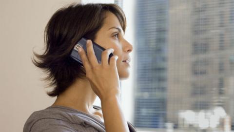 Peligros del teléfono móvil: radiación y cáncer.