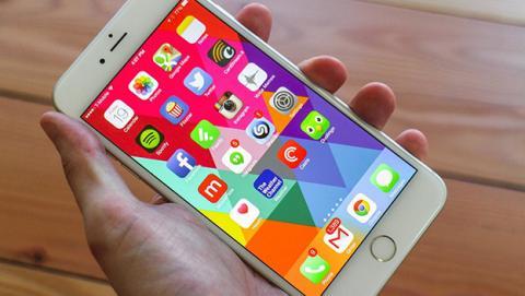 iOS 11.2.2 hace perder un 40% el rendimiento del iPhone 6