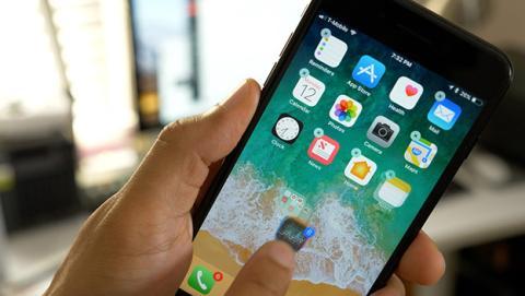 Apple habilita por error versiones antiguas de iOS, y los usuarios se aprovechan