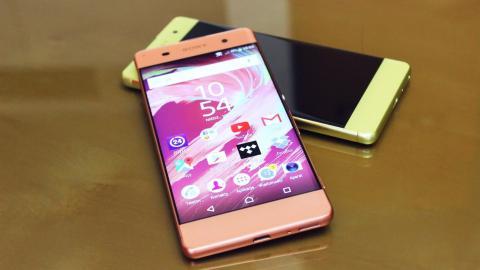 Sony se decide por el panel OLED para sus futuros teléfonos