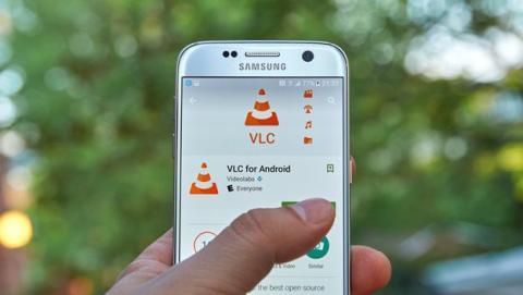 Ya puedes enviar vídeos al Chromecast desde el móvil con VLC.