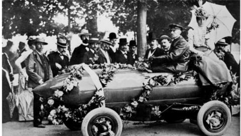 Jamais Contain coche histórico que mencionamos en Computerhoy