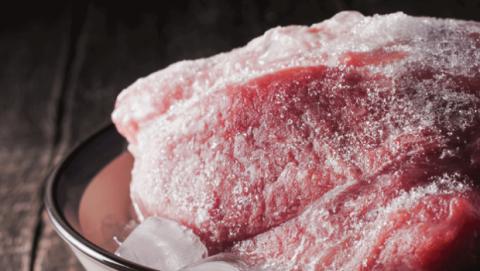 Cual es la mejor manera para descongelar la carne