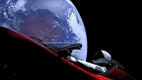 Elon Musk está construyendo un dragón cyborg
