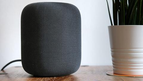 Siri está por debajo de todos sus rivales, según un estudio