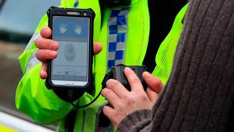 huella dactilar policía