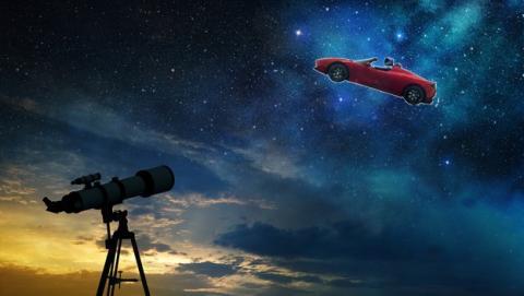 ¿Se puede ver el Tesla Roadster espacial con un telescopio doméstico?
