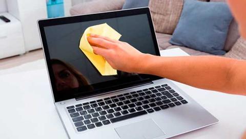 limpiar pantalla portatil