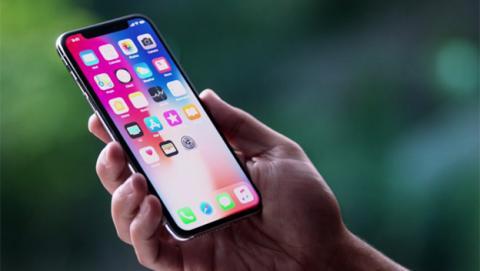 Esta sería la pantalla del iPhone X Plus