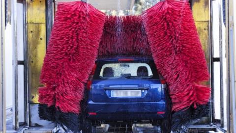 El mayor enemigo del coche autónomo es... el túnel de lavado