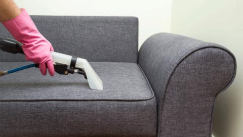Es necesario limpiar el sofá