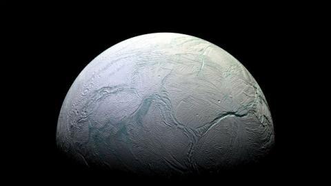La Luna de Saturno Encélado podría tener vida.
