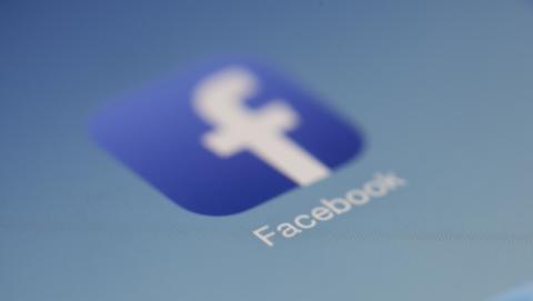 Facebook prueba novedades para sus estados.