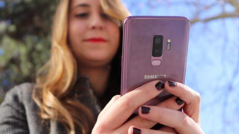 El Samsung Galaxy S9+ en la versión de color lila