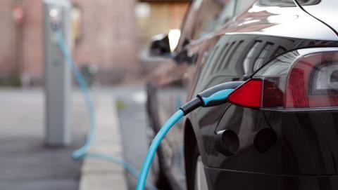 están ciudades preparadas llegada coche eléctrico