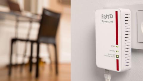 Cómo instalar y configurar un PLC para conectarte a Internet.