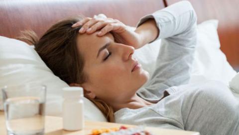 Beber café da dolor de cabeza